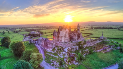 ROCK_OF_CASHEL_CASTLE_thumb_420x270.jpg