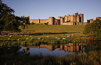 Alnwick Castle, Berwick & the Borders - 1 day tour