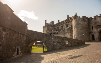 Loch Lomond & Stirling Castle Shore Excursion from Greenock  - 1 day tour